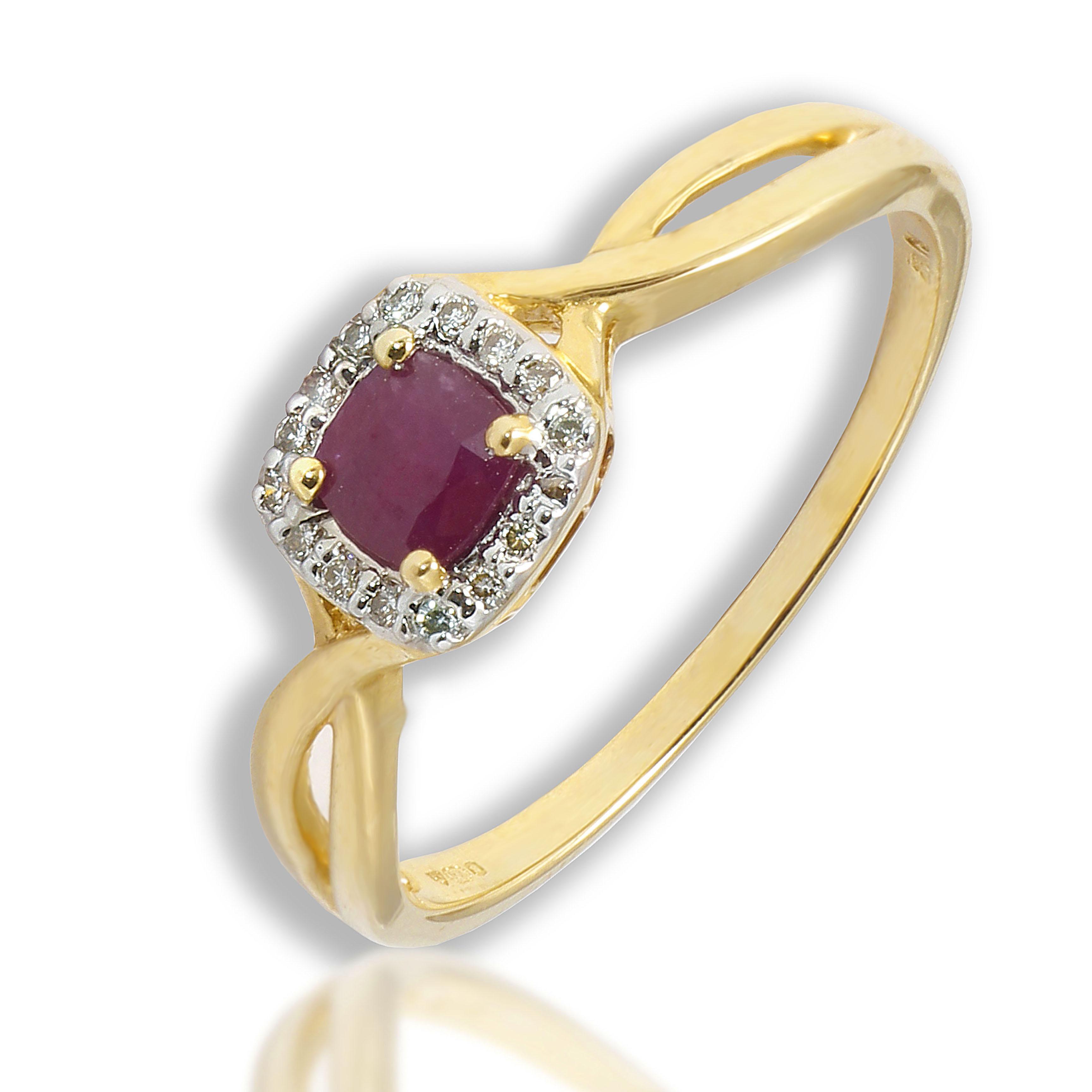 Pierścionek złoty z rubinem i diamentami