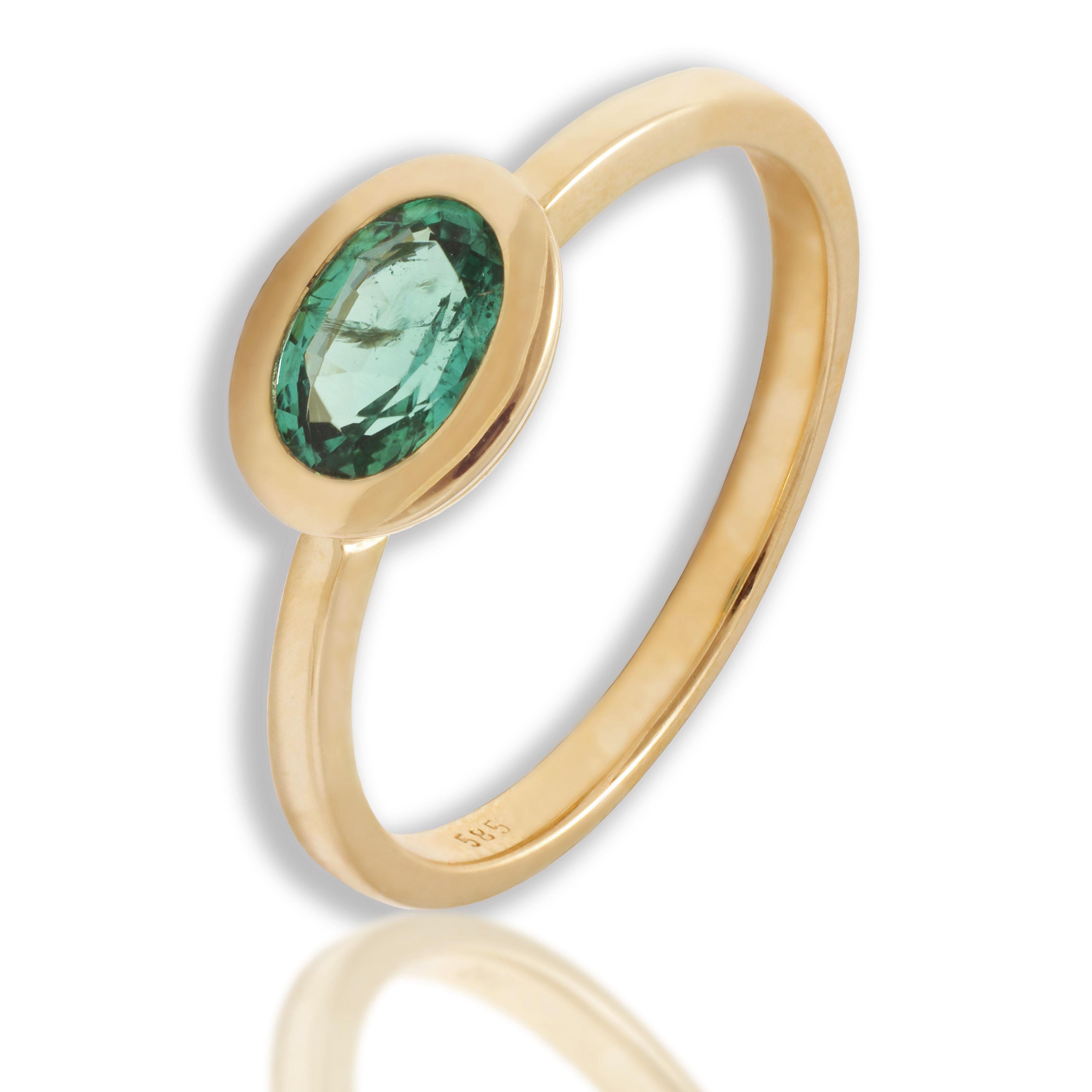 Złoty pierścionek z szmaragdem naturalnym